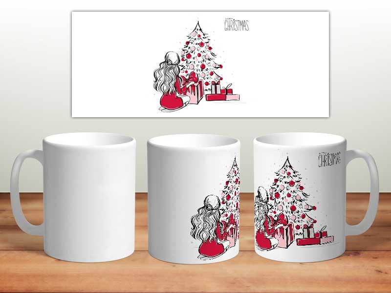 Bílý keramický vánoční hrnek Dívka a vánoční stromeček s potiskem v Brně