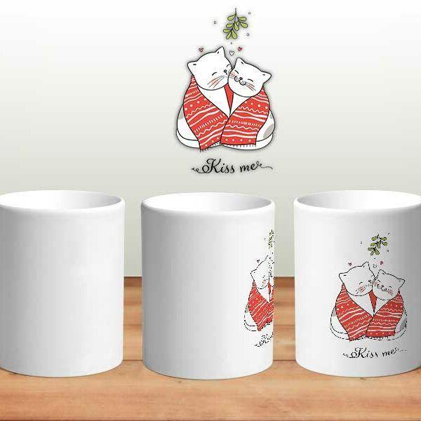 Bílý keramický vánoční hrnek Kocour a kočka Kiss Me s potiskem v Brně