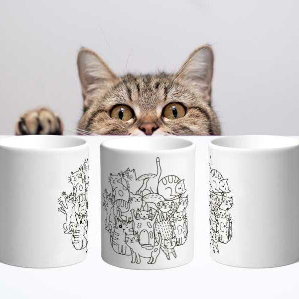 Bílý keramický hrnek s kočkami v Brně