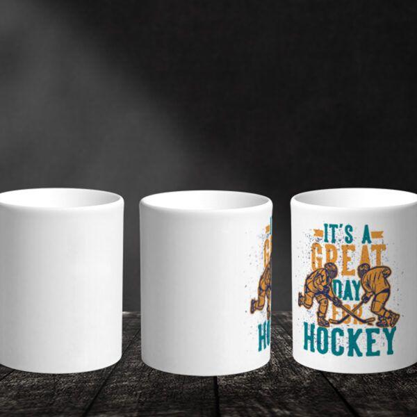 Bílý keramický hrnek pro hokejistu It's A Great Day For Hockey