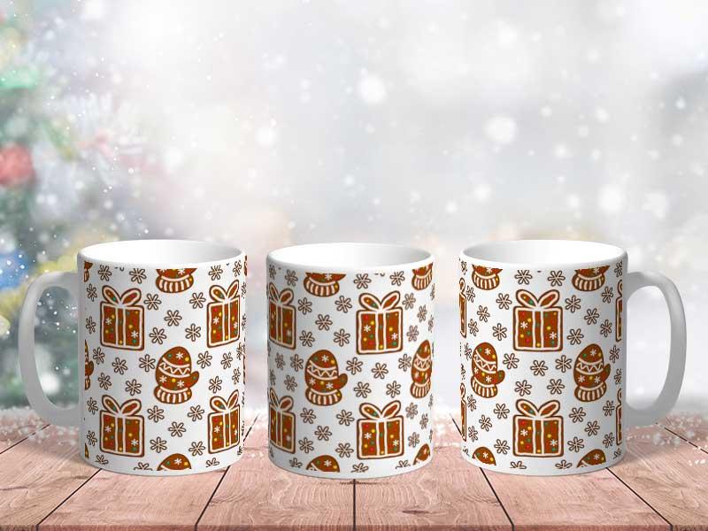 Bílý keramický vánoční hrnek perníkové dárečky
