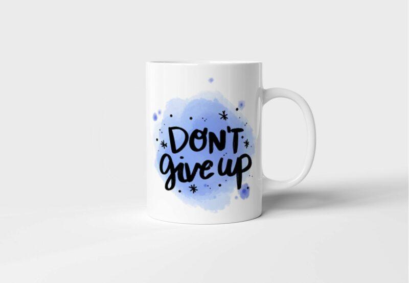 Bílý keramický motivační hrnek Don't Give Up s potiskem v Brně