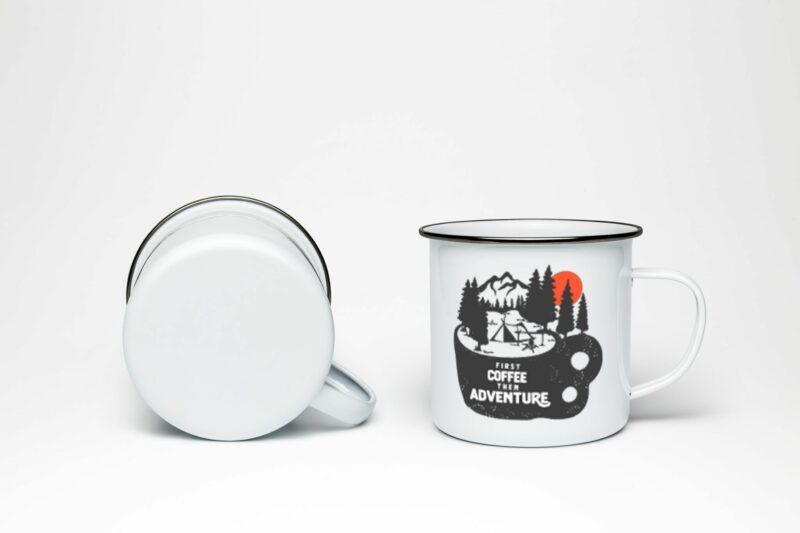 Plechový hrnek First coffee than adventure, plecháček First coffee than adventure