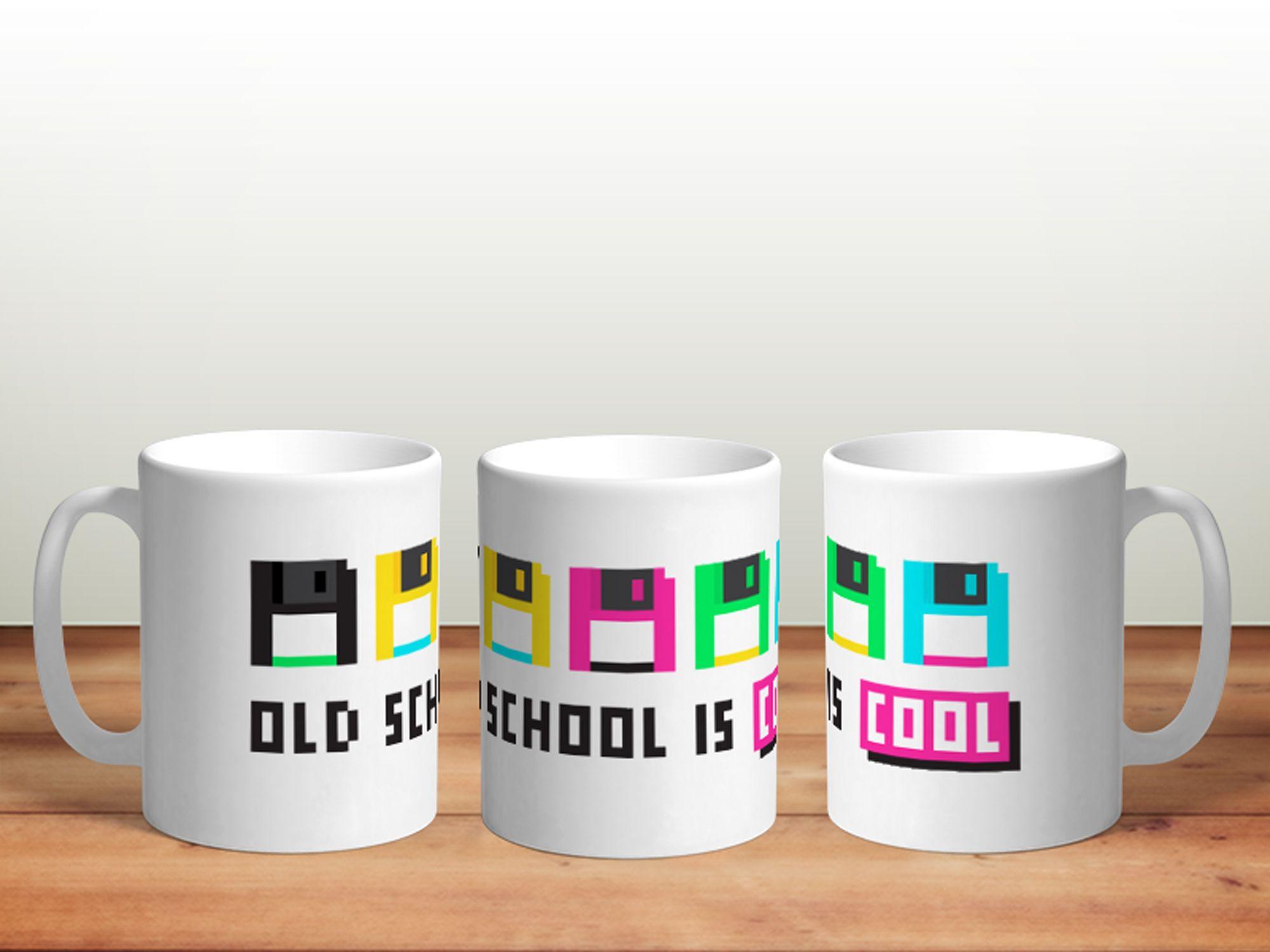 Bílý keramický Retro hrnek Old School Is Cool