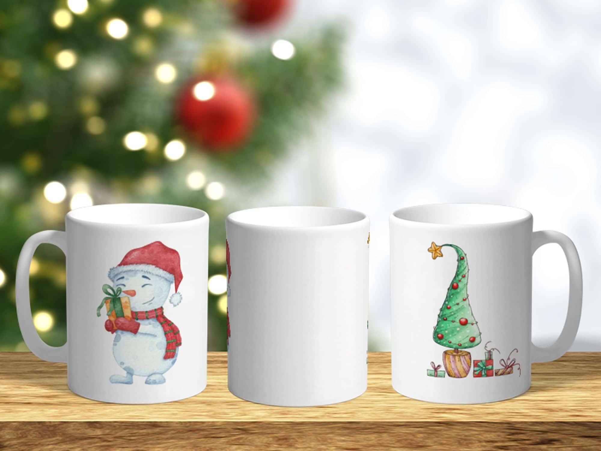 Bílý keramický vánoční hrnek Sněhulák a vánoční stromeček