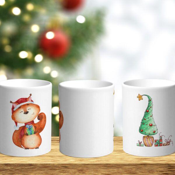 Bílý keramický vánoční hrnek Veverka a vánoční stromeček