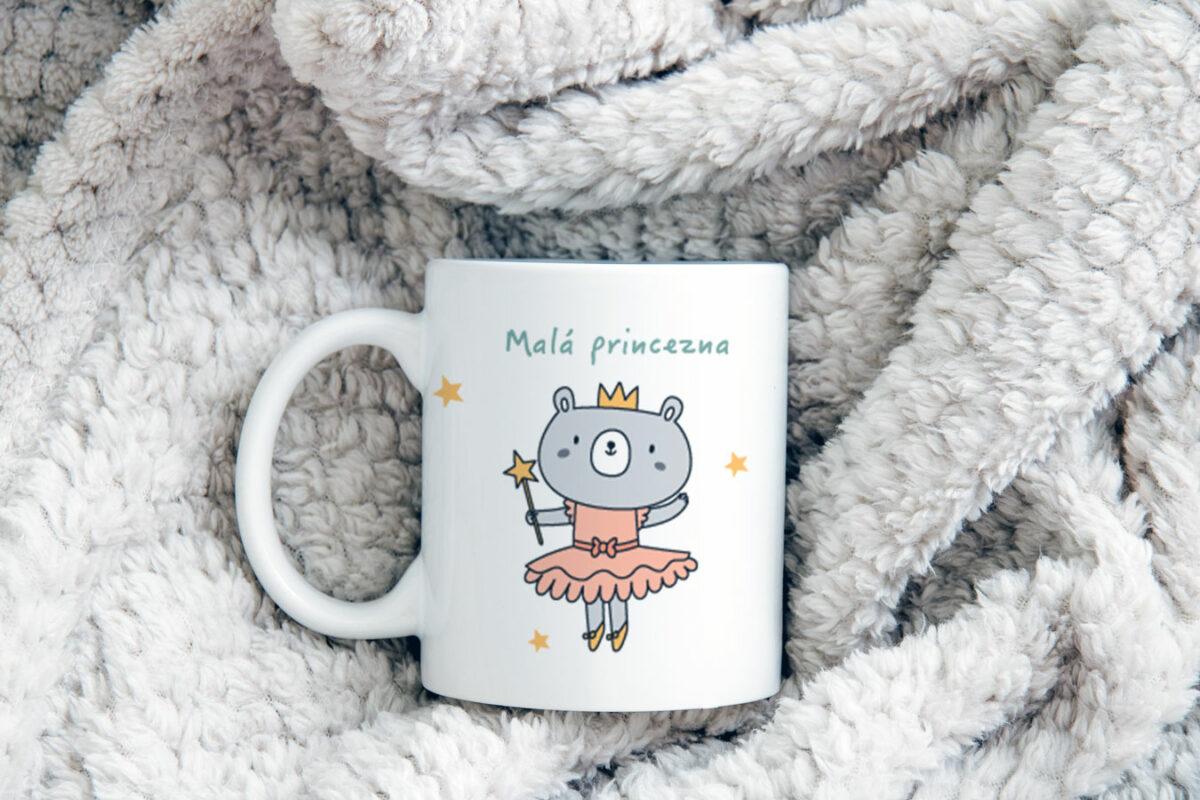 Vynikající hrnek se jménem Malá princezna pro každodenní použití.