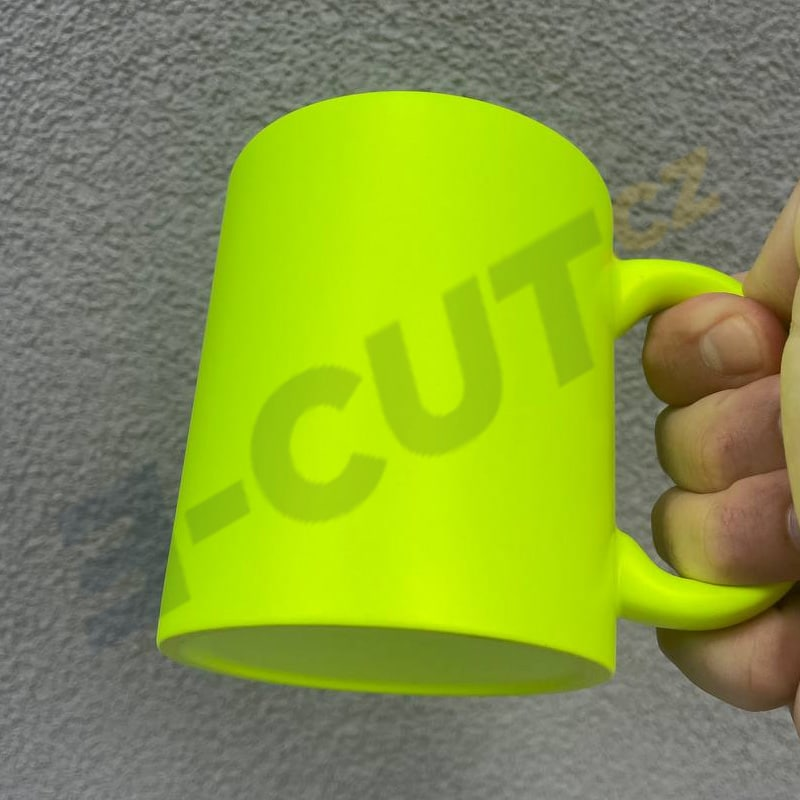 Hrnek fluorescenční žlutý