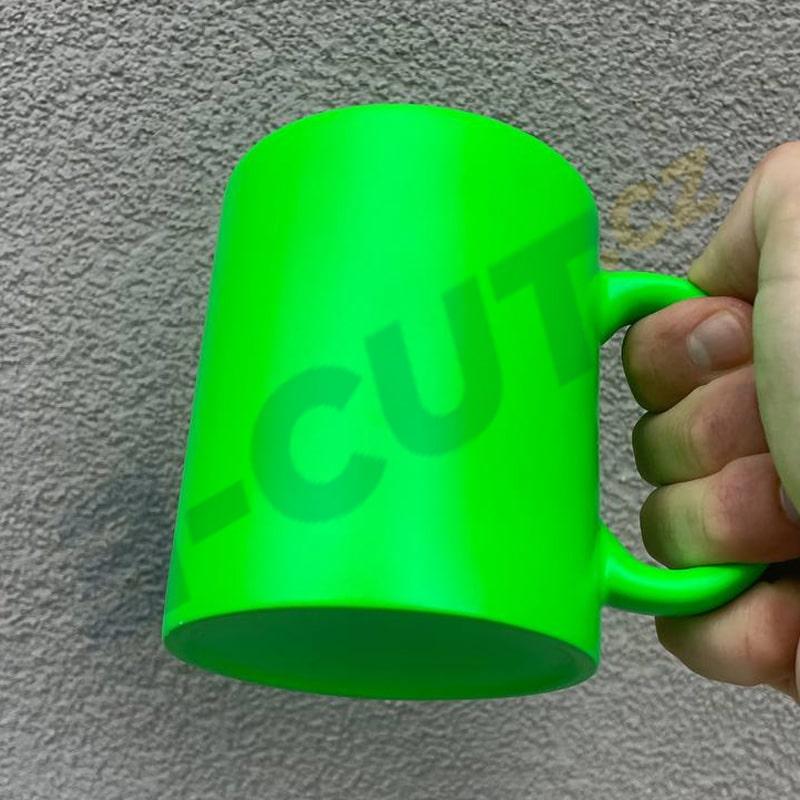 Hrnek fluorescenční zelený
